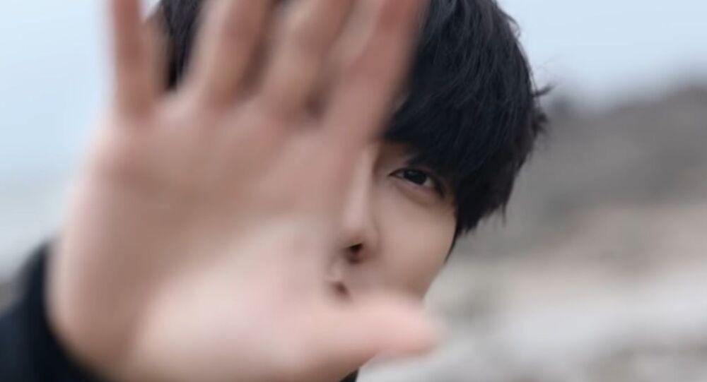 Hallyu Star Lee Seung-gi is Back With His New Song