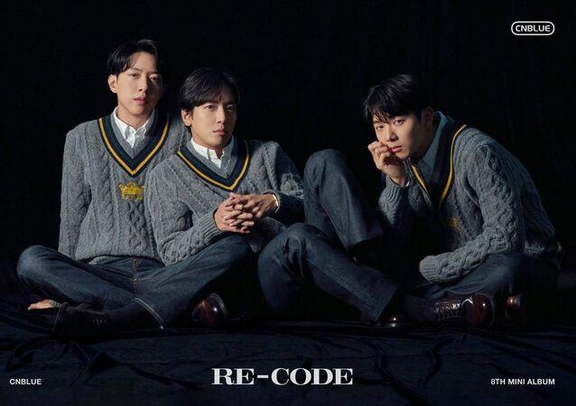 K-pop Band CNBLUE 8th mini album [RE-CODE]