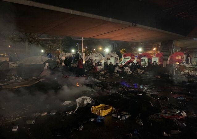 L'évacuation du camp de migrants de Saint-Denis (Seine-Saint-Denis), le 17 novembre 2020
