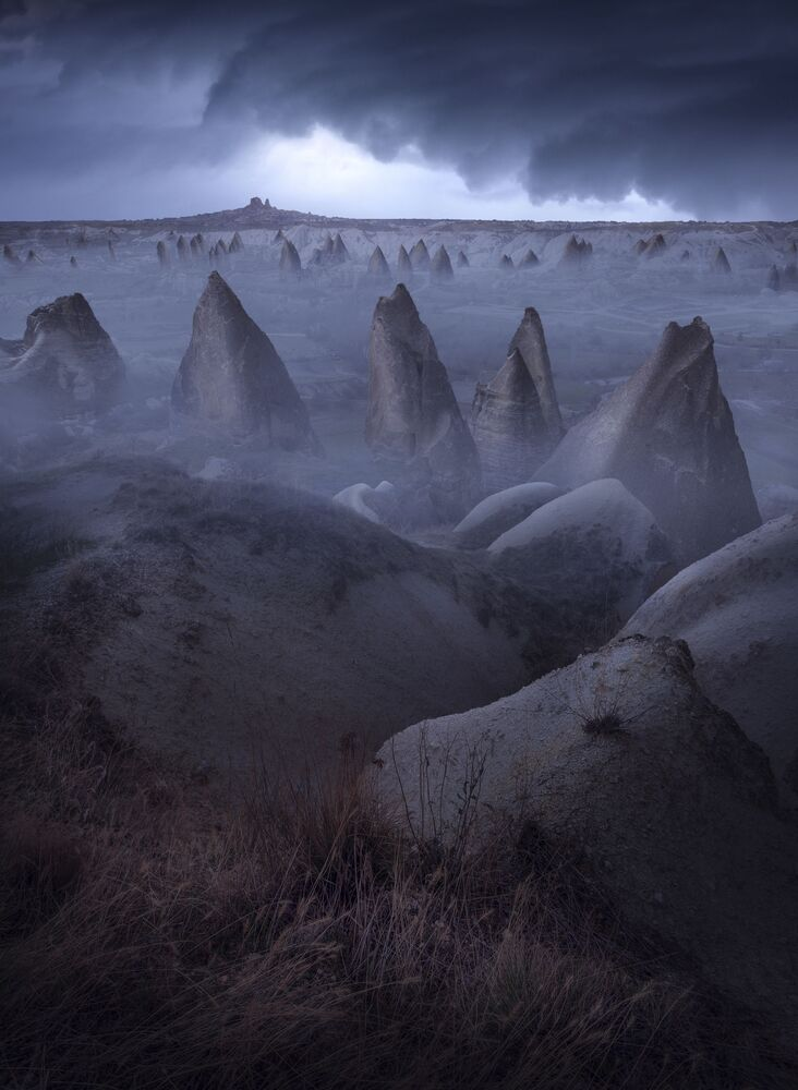 The photo Nick Of Time of Turkish photographer Aytek Çetin, which was included into TOP-101 of The International Landscape Photographer of the Year 2020.