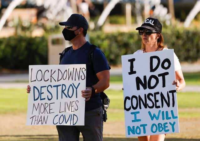 Business owners hold signs as they protest to remain open despite state-mandated restrictions after high case rates placed San Diego county in the most restrictive purple tier during the outbreak of the coronavirus disease (COVID-19) in San Diego, California, U.S., November 16, 2020. REUTERS/Mike Blake DOWNLOAD PICTURE Date: 16/11/2020 18:32 Dimensions: 6676 x 4453 Size: 5.2MB Edit Status: new Category: A Topic Codes: HEA VIO US Fixture Identifier: RC2N4K9BV6C0 Byline: MIKE BLAKE City: SAN DIEGO Country Name: United States Country Code: USA OTR: MEXSIN Source: REUTERS Caption Writer: RAC Source News Feeds: Reuters Marketplace - RPA for RNPS AYCE customers, Reuters News Picture Service - RNPS USN: RC2N4K9BV6C0