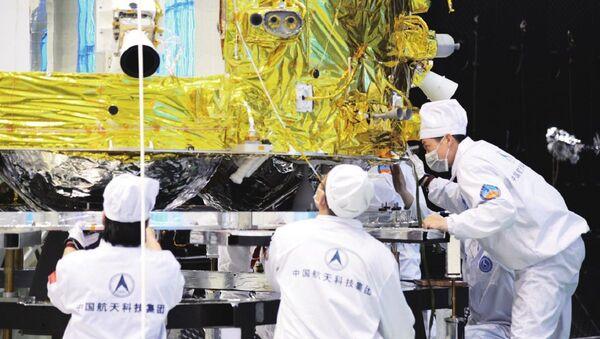 Chang'e 5 Undergoing Thermal Test - Sputnik International
