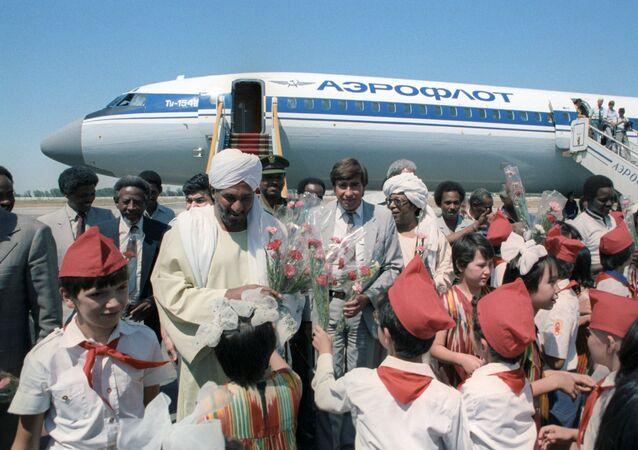 Former Sudanese Prime Minister Sadiq al-Mahdi in USSR in 1986