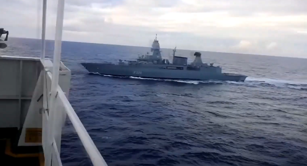 Footage of German frigate Hamburg alongside Turkish cargo vessel Roseline-A.