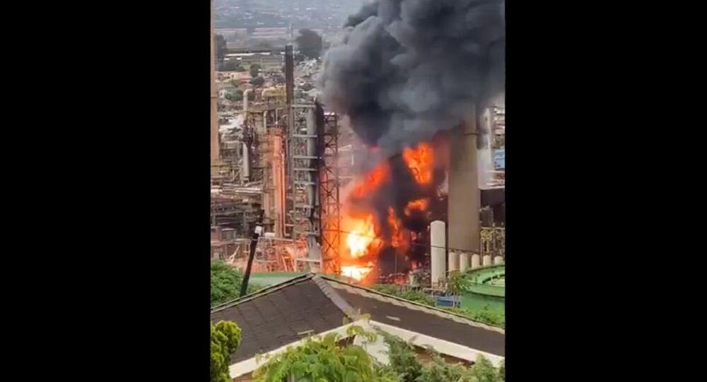 Explosion Rocks Engen Refinery in Durban