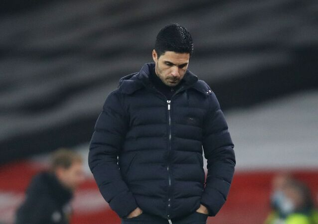 Soccer Football - Premier League - Arsenal v Wolverhampton Wanderers - Emirates Stadium, London, Britain - November 29, 2020 Arsenal manager Mikel Arteta looks dejected after the match