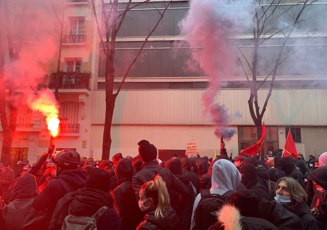 Protests Against Global Security Bill Renewed in Paris After Lawmakers Approve Its Revision
