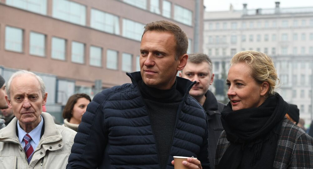 Alexey Navalny with wife Yulia