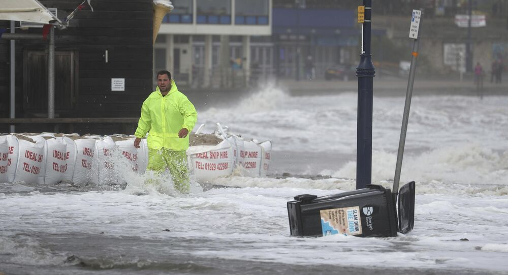 Storm Bella lashes UK with 170 kph gusts, heavy rain