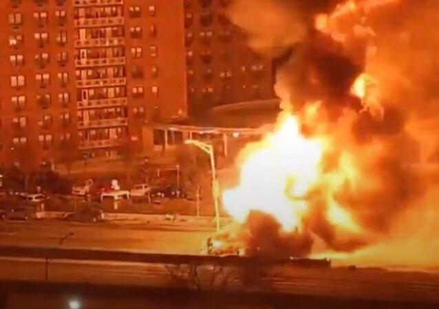 Huge Fire as propane-laden Truck Overturns in New York