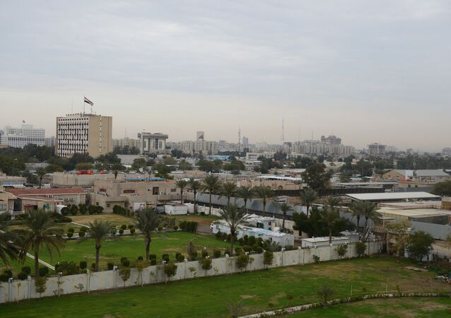 The area of the so-called International Zone (Green Zone), is where the Palestine Hotel, the Monument to the Unknown Soldier, the US Embassy, and the former airport seized by Allied forces in March 2003 are located.