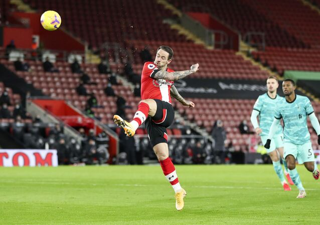 Southampton's Danny Ings scores his team's first goal during the English Premier League soccer match between Southampton and Liverpool at St Mary's Stadium, Southampton, England, Monday, Jan. 4, 2021