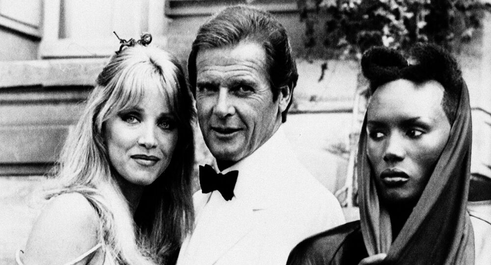 Tanya Roberts, pictured with Roger Moore and Grace Jones on the set of the James Bond film A View to a Kill.