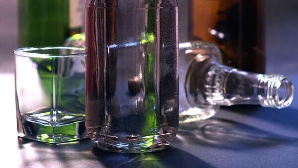 Empty bottles - Sputnik International