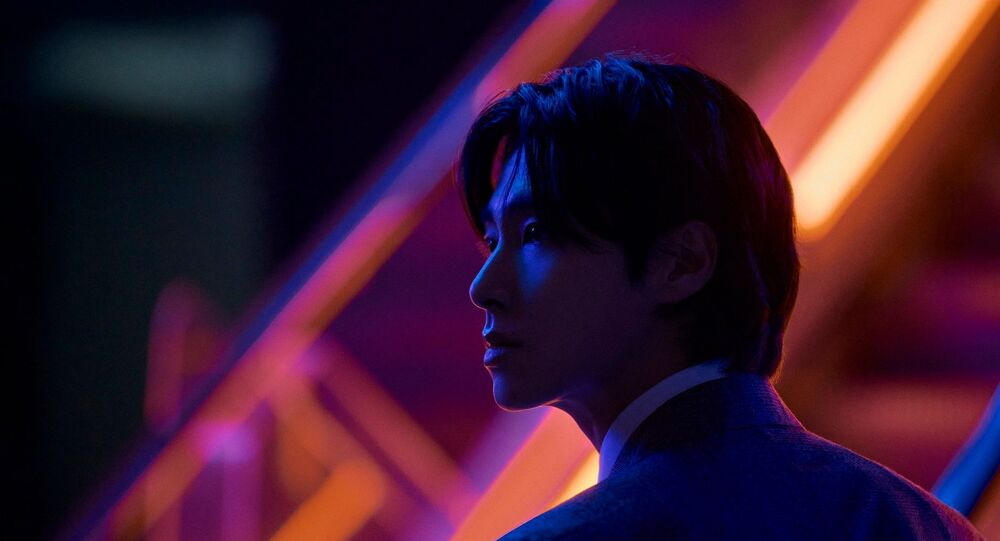 """TVXQ's Yunho Shows His """"Noir"""" Side Ahead of Comeback"""