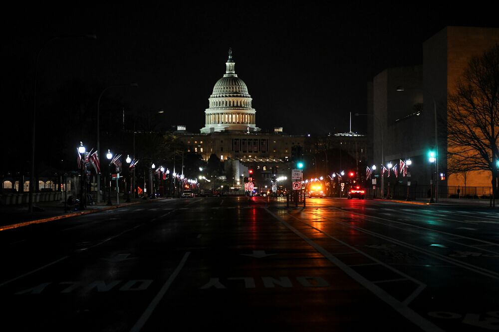 A road leading to the U.S. Capitol in Washington, DC, as U.S. President Donald Trump is impeached for a second time, 13 January 2021.