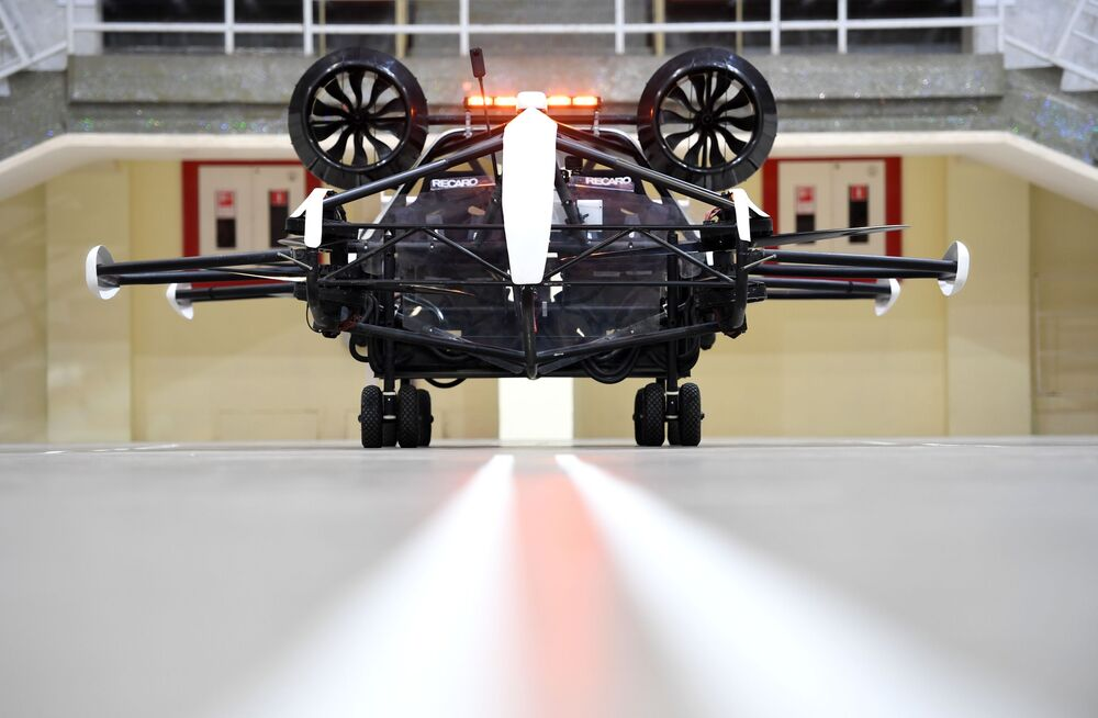A test drive of a drone taxi in the Small Sports Arena of the Luzhniki Olympic Complex in Moscow. The drone, developed by a member company of the Moscow Innovation Cluster, is capable of carrying passengers and cargo by air up to 100 km.