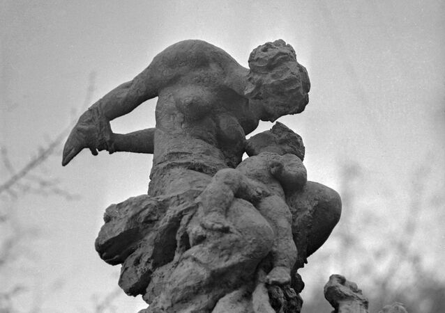 A fragment of the Babi Yar Memorial for Victims of Fascism. Designed by sculptor Mikhail Lysenko, architect Anatoly Ignashchenko
