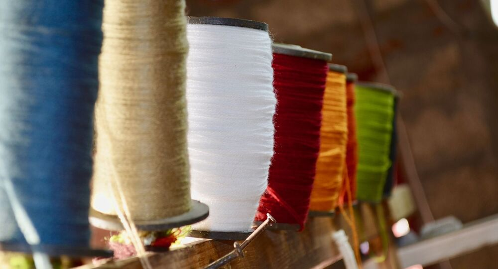Modi Govt to Launch 7 Mega Textile Parks to Boost Self-Reliant India, Vocal for Local Initiatives