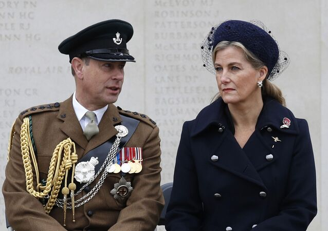 Britain's Prince Edward, Earl of Wessex (L) and Britain's Sophie, Countess of Wessex (R), take part in a service at the National Memorial Arboretum in Stafford, central England on November 11, 2020 to commemorate Armistice Day. (Photo by Darren Staples / POOL / AFP)
