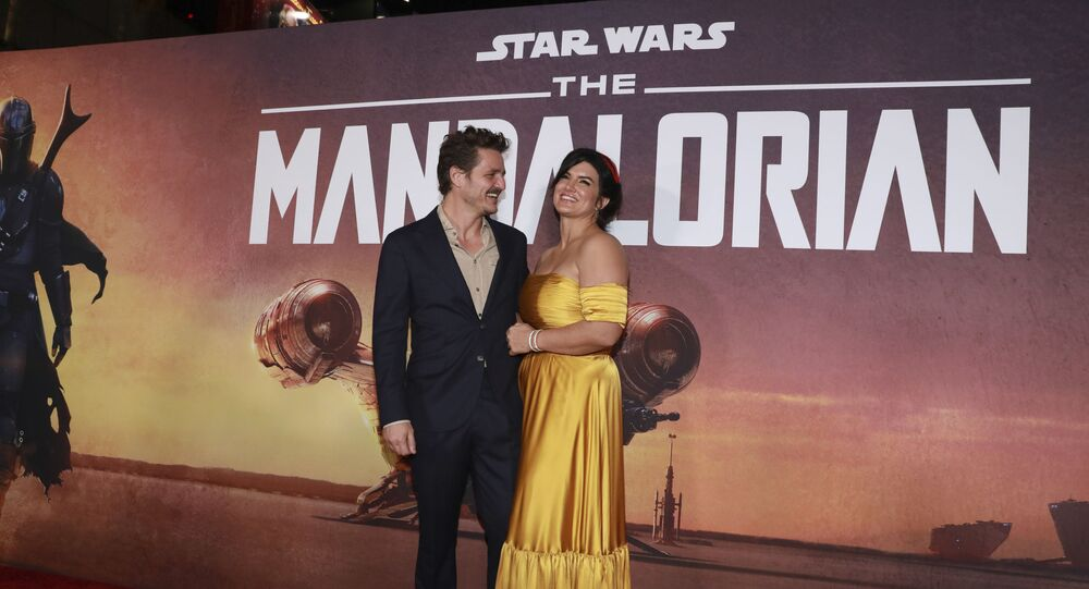 Pedro Pascal and Gina Carano attend the LA Premiere of The Mandalorian at the El Capitan Theatre on Wednesday, 13 November 2019 in Los Angeles.