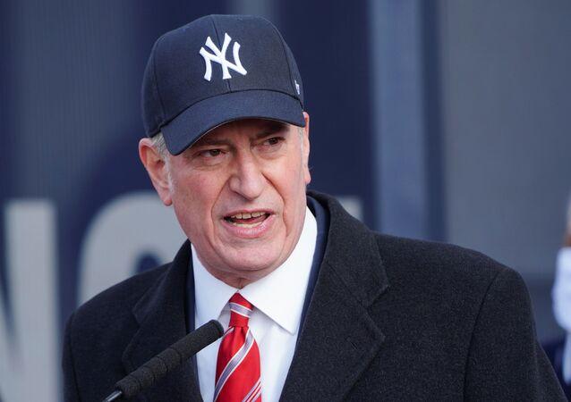 New York's Mayor Bill de Blasio makes declarations at a mass vaccination site at Yankee Stadium amid the coronavirus disease (COVID-19) pandemic in the Bronx borough of New York City, New York, U.S., February 5, 2021.