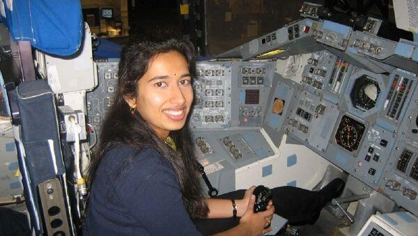 Dr Swati Mohan  - Sputnik International