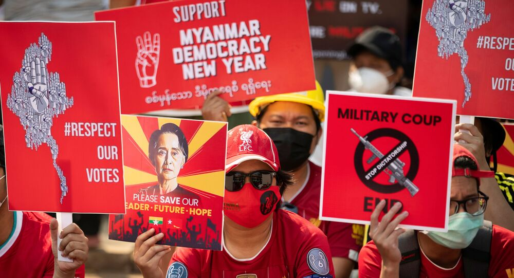 Demonstrators protest against the military coup in Yangon, Myanmar, February 21, 2021. REUTERS/Stringer