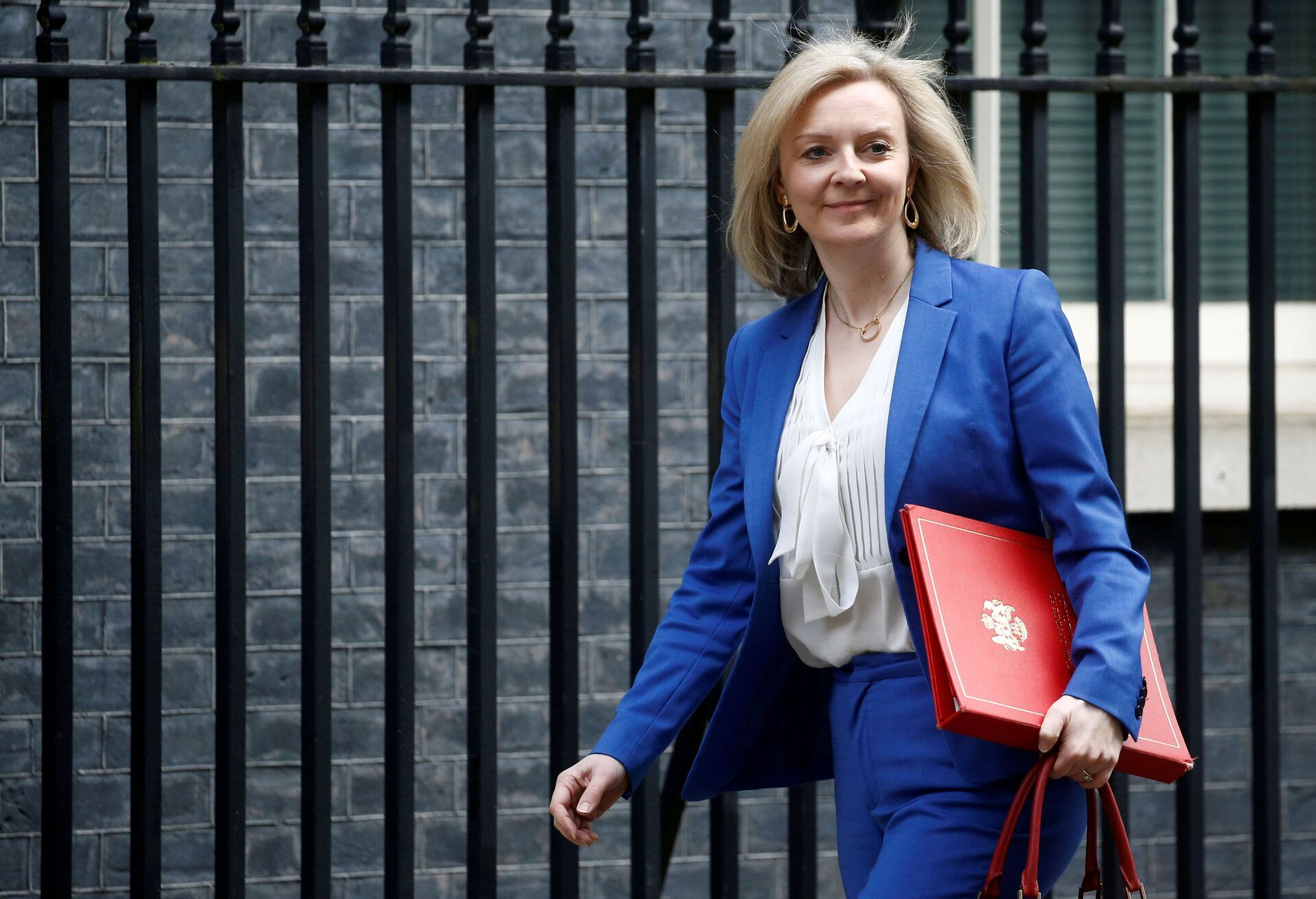 Britain's Secretary of State of International Trade and Minister for Women and Equalities Liz Truss is seen outside Downing Street, in London, Britain March 17, 2020. - Sputnik International, 1920, 15.09.2021