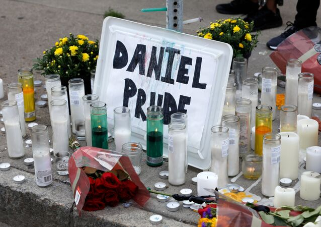 A view of a makeshift memorial on Jefferson Avenue following the death of a Black man, Daniel Prude, after police put a spit hood over his head during an arrest on March 23, in Rochester, New York, U.S. September 3, 2020