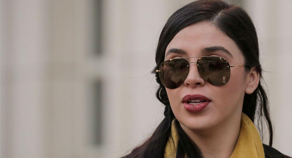 Emma Coronel Aispuro, esposa de Joaquín Guzmán, El Chapo, a la salida de una corte en Brooklyn, Nueva York, EEUU, 4 febrero 2019.