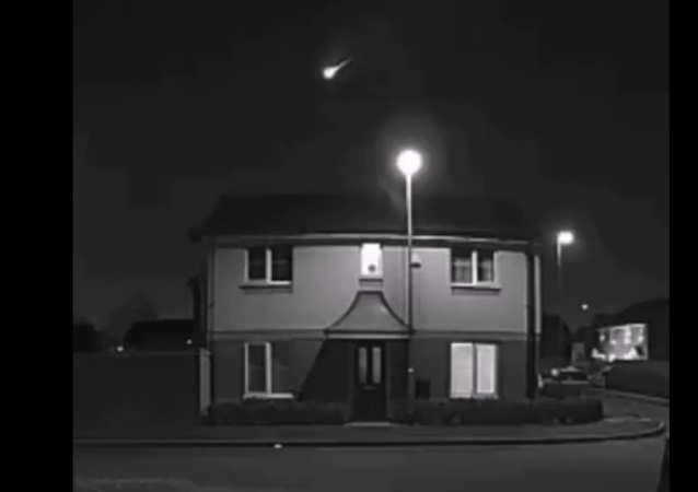 Screenshot from the video allegedly showing a meteor illuminating the skies over the United Kingdom