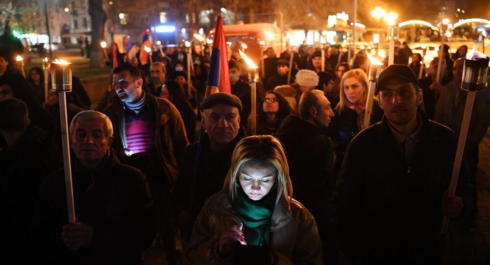 Opposition rallies in Yerevan