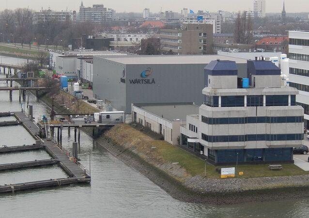 Wärtsilä in Rotterdam. Wilhelminahaven, Havenstraa