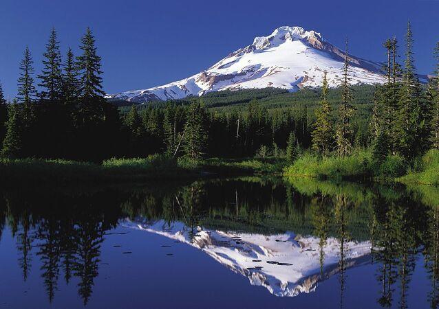 Mount Hood reflected in Mirror Lake, Oregon