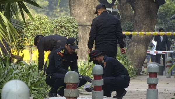 National Security Guard soldiers inspect the site of a blast near the Israeli Embassy in New Delhi, India, Saturday, Jan. 30, 2021. - Sputnik International
