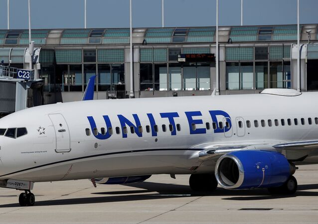 A United Airlines Boeing 737-800 arrives at O'Hare International Airport in Chicago, Illinois, U.S.