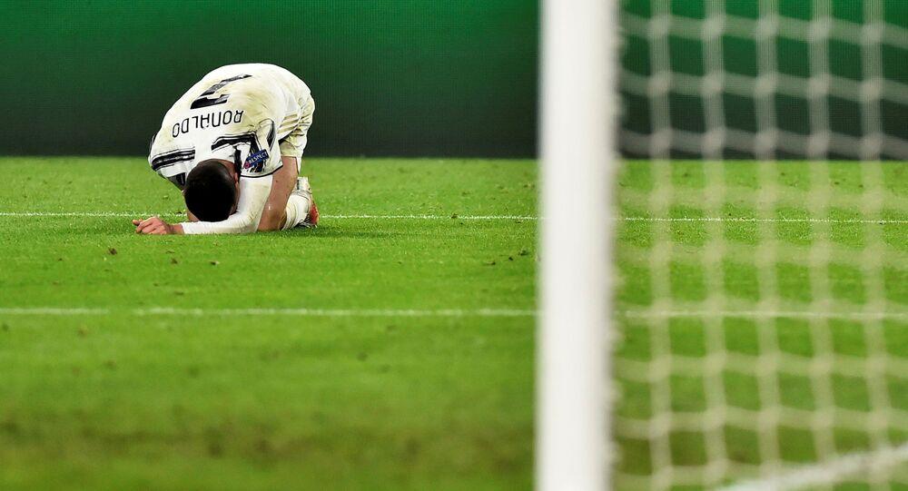 Soccer Football - Champions League - Round of 16 Second Leg - Juventus v FC Porto - Allianz Stadium, Turin, Italy - March 9, 2021 Juventus' Cristiano Ronaldo reacts