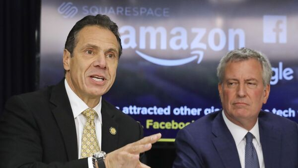New York Gov. Andrew Cuomo, left, and New York City Mayor Bill de Blasio hold a news conference Tuesday Nov. 13, 2018, in New York. Amazon said it will split its much-anticipated second headquarters between New York and northern Virginia. Its New York location will be in the Long Island City neighborhood of Queens. (AP Photo/Bebeto Matthews) - Sputnik International