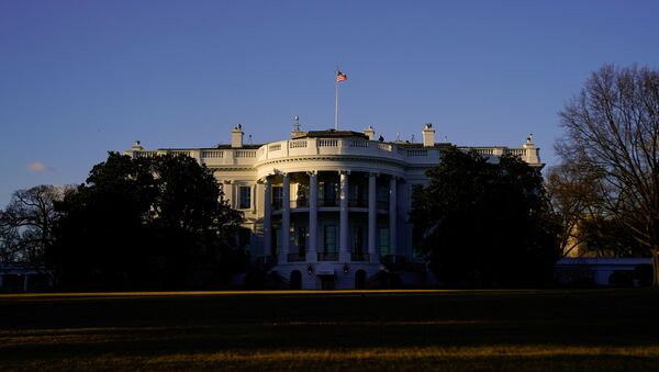 The White House is seen at sunset in Washington, U.S. March 6, 2021. - Sputnik International