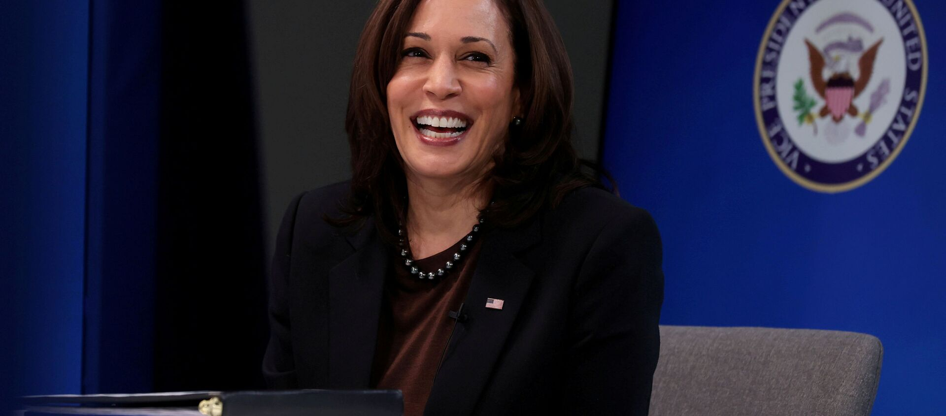 U.S. Vice President Kamala Harris smiles after delivering a keynote address to the House Democratic Caucus virtually on camera from the Eisenhower Executive Office Building at the White House in Washington, U.S. March 2, 2021 - Sputnik International, 1920, 26.06.2021