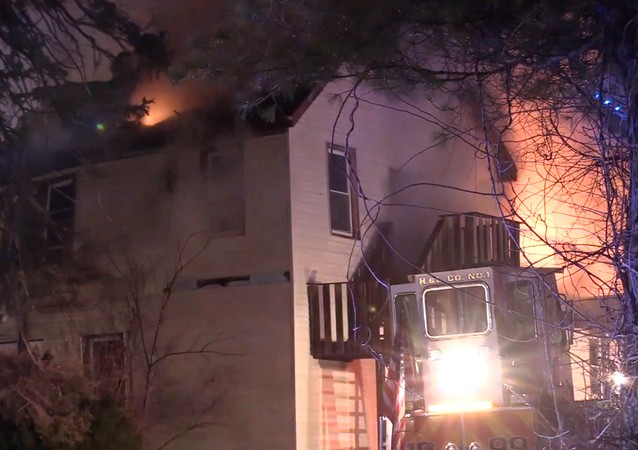 USA: Firefighters put out flames at nursing home in NYC suburb
