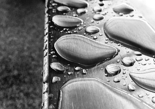 Liquid Metal Drops