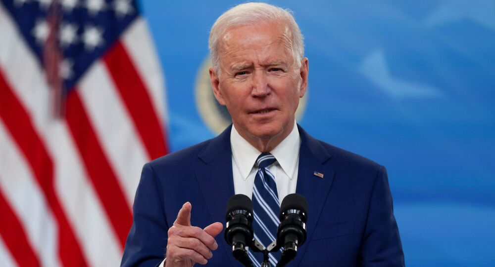 Biden pledges 'unwavering support' for Ukraine amid Russian military buildup