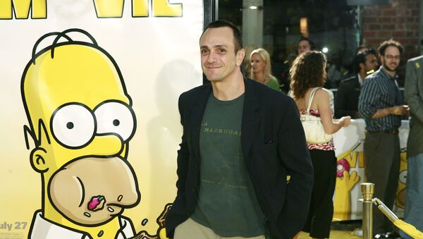 Hank Azaria arrives at the premiere of The Simpsons Movie in Los Angeles on Tuesday, July 24, 2007 - Sputnik International
