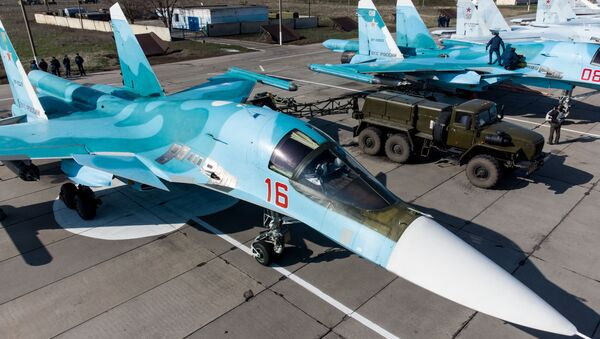 A Su-34 fighter-bomber before the start of the regional qualifying stage of the Aviadarts-2021 international flight crew training competition on the territory of an aviation regiment of the Southern Military District (YuVO) in the Krasnodar Territory. - Sputnik International