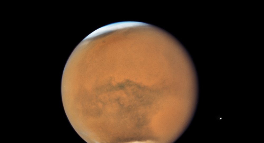 Hubble's Close-up View of Mars Dust Storm. July 26, 2018.