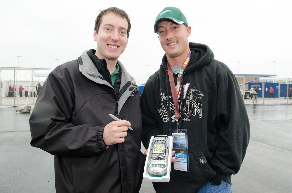 Micky won a contest hosted by Doublemint gum to find Busch's twin.