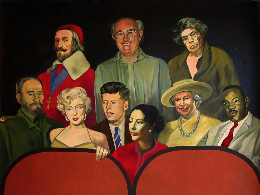 The Queen is depicted surrounded by John Kennedy, Martin Luther King, Marylin Monroe, and more.