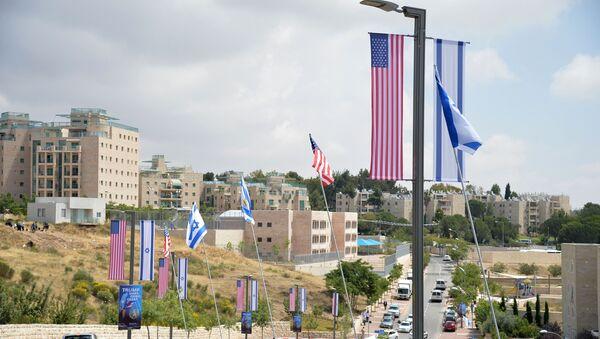 US and Israeli flags - Sputnik International